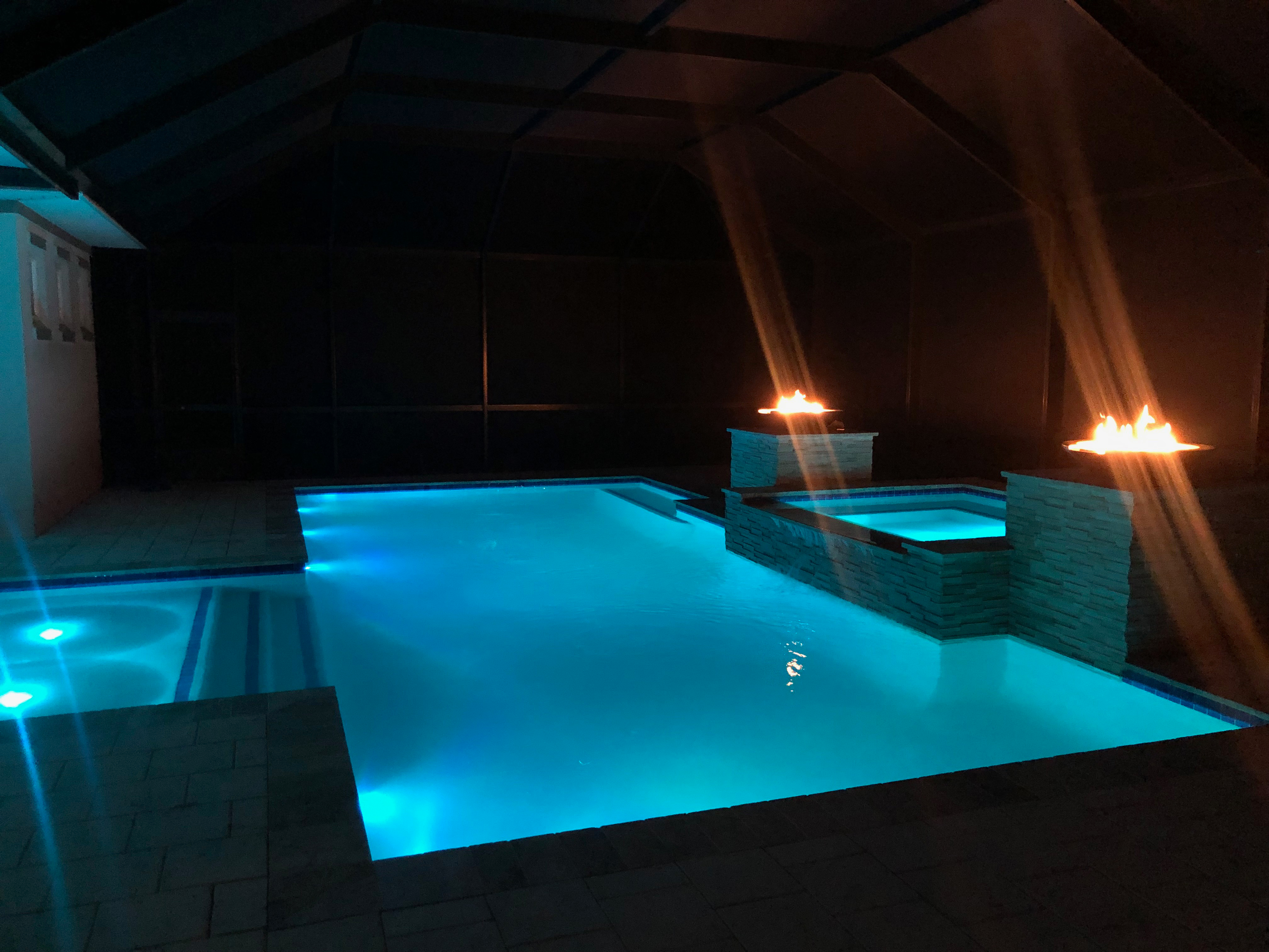 Neptune Beach Personal Teared Pool Hottub Torches